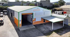 Showrooms / Bulky Goods commercial property for lease at 15 Staple Street Seventeen Mile Rocks QLD 4073