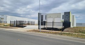 Factory, Warehouse & Industrial commercial property for lease at 1+2/62 Gwen Road Cranbourne West VIC 3977