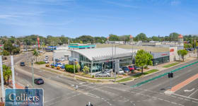 Showrooms / Bulky Goods commercial property for sale at 15-17 Bowen Road Mundingburra QLD 4812