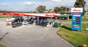Showrooms / Bulky Goods commercial property sold at 182-184 Stud Road Dandenong VIC 3175