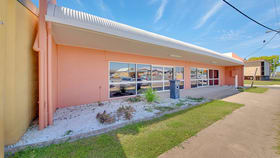 Showrooms / Bulky Goods commercial property for lease at 17 DERBY STREET Rockhampton City QLD 4700