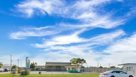 Showrooms / Bulky Goods commercial property for sale at 82 Toolooa Street South Gladstone QLD 4680