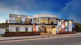 Hotel, Motel, Pub & Leisure commercial property for sale at 115 Esplanade Lakes Entrance VIC 3909
