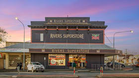 Shop & Retail commercial property for sale at 241 Boorowa Street Young NSW 2594