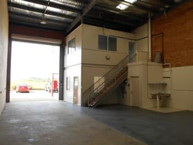 Industrial / Warehouse commercial property for sale at 8/13-17 Carl Street Rural View QLD 4740