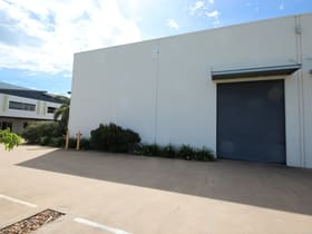 Showrooms / Bulky Goods commercial property for lease at Unit 20/585 Ingham Road Mount St John QLD 4818