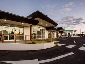 Shop & Retail commercial property for lease at 2, 3 & 4/74 Bideford Street Torquay QLD 4655