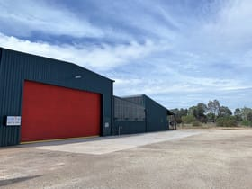 Industrial / Warehouse commercial property for sale at 80 Batten St North Albury NSW 2640