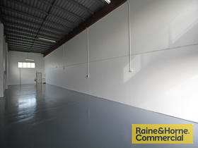 Factory, Warehouse & Industrial commercial property for lease at 5/16 Paisley Drive Lawnton QLD 4501