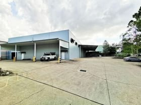 Showrooms / Bulky Goods commercial property for lease at 90 Westcombe Street Darra QLD 4076
