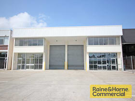 Factory, Warehouse & Industrial commercial property for lease at 1/64 Zillmere Road Boondall QLD 4034