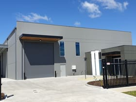 Factory, Warehouse & Industrial commercial property for lease at 90 Sette Circuit Pakenham VIC 3810