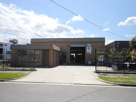 Industrial / Warehouse commercial property for lease at 25 Kembla Street Cheltenham VIC 3192