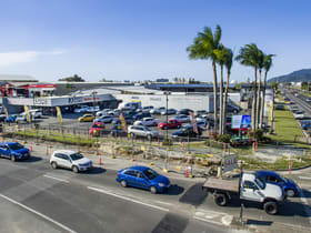 Showrooms / Bulky Goods commercial property for lease at 52A Comport Street Portsmith QLD 4870