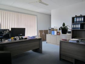 Showrooms / Bulky Goods commercial property for lease at 2 Yertchuk Avenue Ashwood VIC 3147