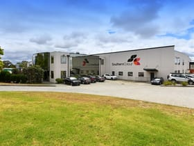 Industrial / Warehouse commercial property leased at 2 Southpark Close Keysborough VIC 3173