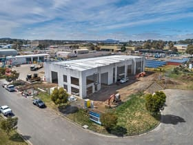 Factory, Warehouse & Industrial commercial property for lease at Units 1-3/29 Selkirk Drive Wendouree VIC 3355