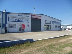Showrooms / Bulky Goods commercial property for lease at Unit 2/18 Somer Street Hyde Park QLD 4812