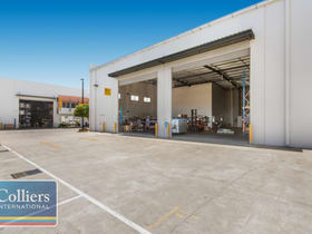 Industrial / Warehouse commercial property for lease at Unit 22/547 Woolcock Street Mount Louisa QLD 4814