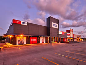 Showrooms / Bulky Goods commercial property for lease at 8-10 Windmill Crossing Mount Pleasant QLD 4740