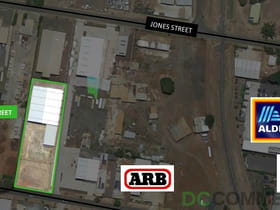 Shop & Retail commercial property for lease at 1/123 North Street Harlaxton QLD 4350