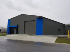 Industrial / Warehouse commercial property for sale at 1/8 Stirloch Circuit Traralgon VIC 3844
