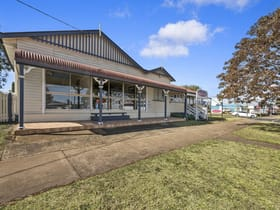 Offices commercial property for sale at 417 Bridge Street Wilsonton QLD 4350