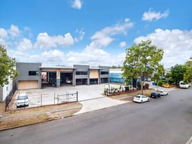 Industrial / Warehouse commercial property sold at 7 Neon Street Sumner QLD 4074