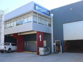 Industrial / Warehouse commercial property for sale at 1/210 Queensport Road North Murarrie QLD 4172