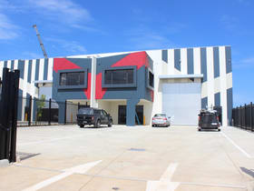 Showrooms / Bulky Goods commercial property for sale at 27 Apex Drive Truganina VIC 3029