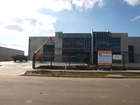 Factory, Warehouse & Industrial commercial property for lease at 7 Palomo Drive Cranbourne West VIC 3977