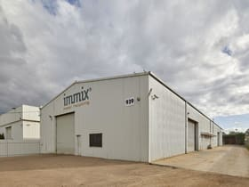 Showrooms / Bulky Goods commercial property for sale at 939 Metry St North Albury NSW 2640