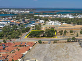 Other commercial property for sale at 98 Leisure Way Halls Head WA 6210