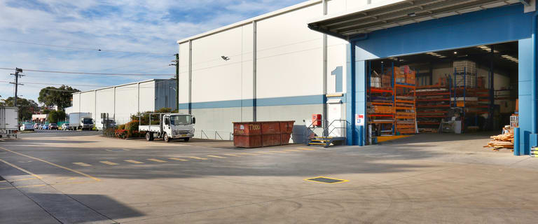 Factory, Warehouse & Industrial commercial property for lease at Unit 1/1A Bessemer Street Blacktown NSW 2148