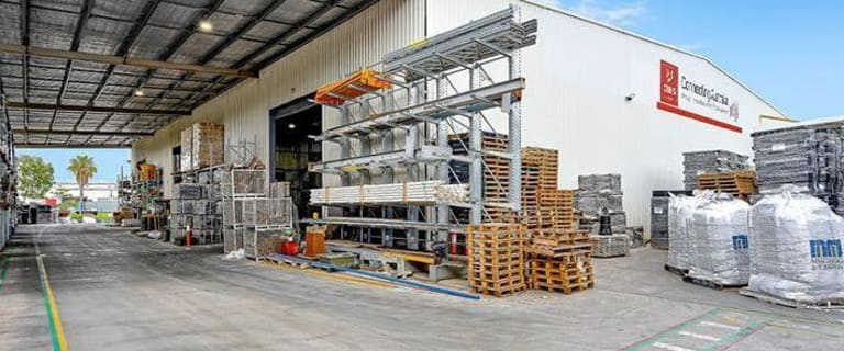 Industrial / Warehouse commercial property for sale at 2 Stradbroke Street Heathwood QLD 4110