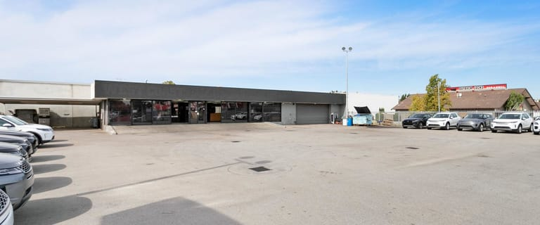 Showrooms / Bulky Goods commercial property for lease at 15-17 Hamilton Street Cannington WA 6107