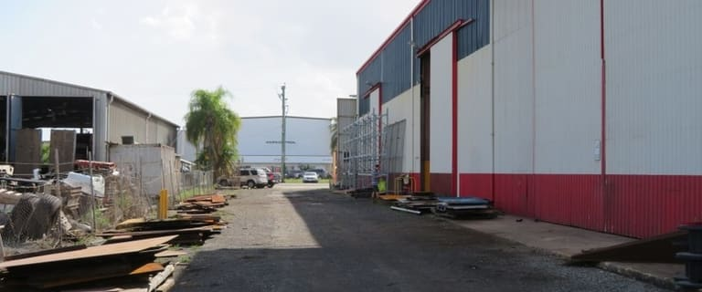 Factory, Warehouse & Industrial commercial property for sale at 209 Boundary Road Paget QLD 4740