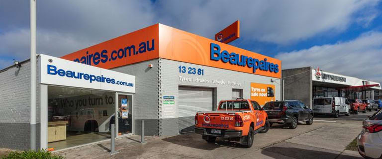 Showrooms / Bulky Goods commercial property for lease at 1356 Dandenong Road Chadstone VIC 3148