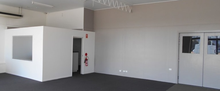 Showrooms / Bulky Goods commercial property for sale at 7 Broadsound Road Paget QLD 4740