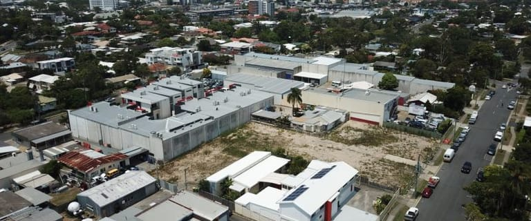 Industrial / Warehouse commercial property for sale at 27 Margaret Street Southport QLD 4215