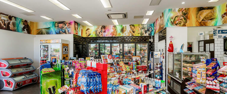 Retail commercial property for sale at 15 Millaroo Drive Helensvale QLD 4212