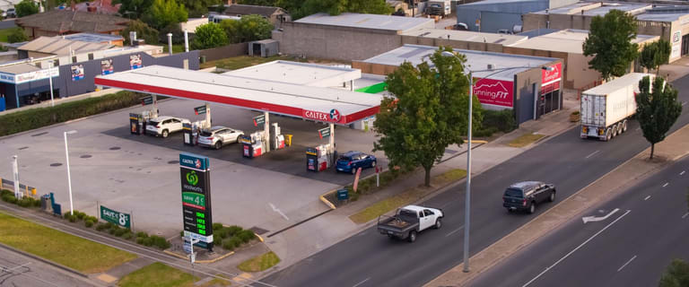 Showrooms / Bulky Goods commercial property sold at 27-29 High Street Wodonga VIC 3690