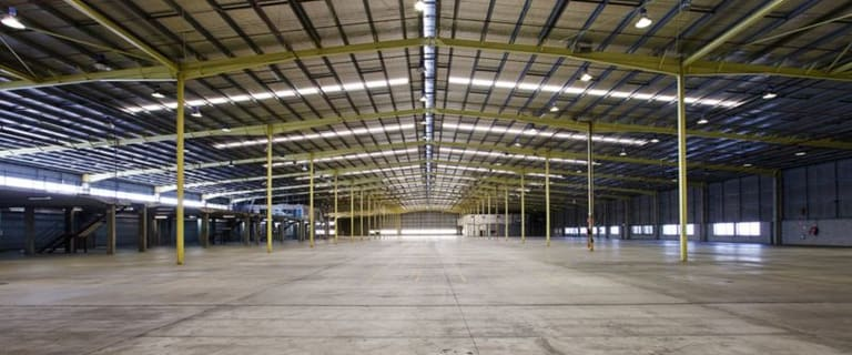 Industrial / Warehouse commercial property for lease at 370 Nudgee Road Hendra QLD 4011