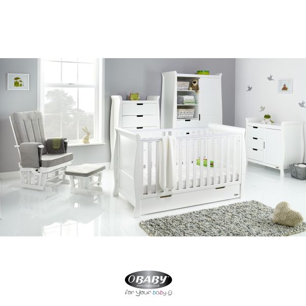 Stamford Classic Five Piece Room Set