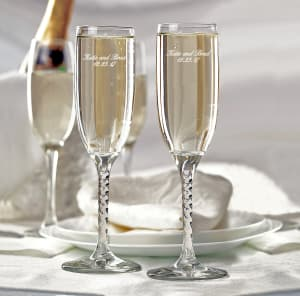 Classic Wedding Toasting Flutes With Intertwined Stem Design