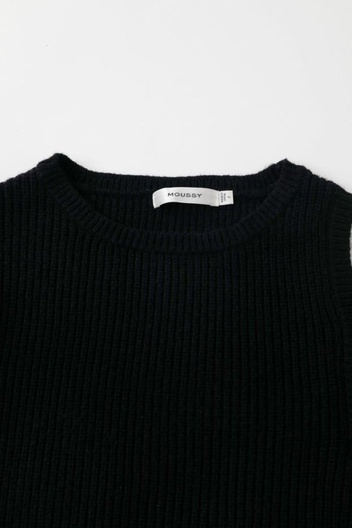 SHOULDER OPEN Knit Top