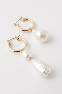 FAUX PEARL DROP earrings