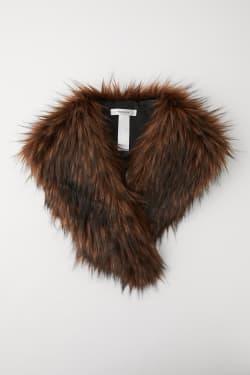 BIG fake fur collar
