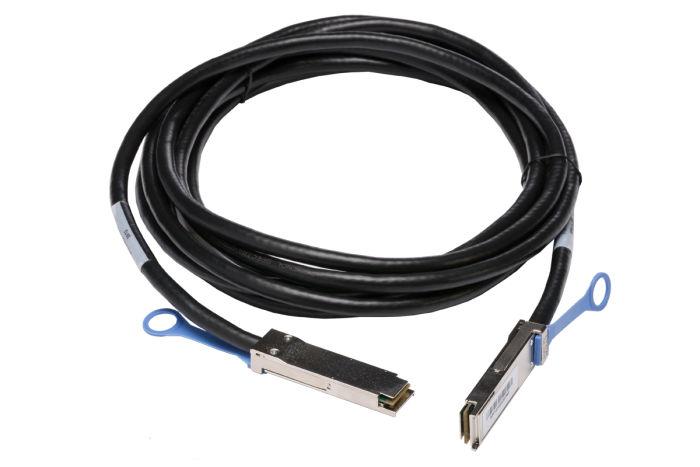 Dell QSFP+ Direct Attach Copper Cable 5M  DAC-QSFP-40G-5M - J90VN