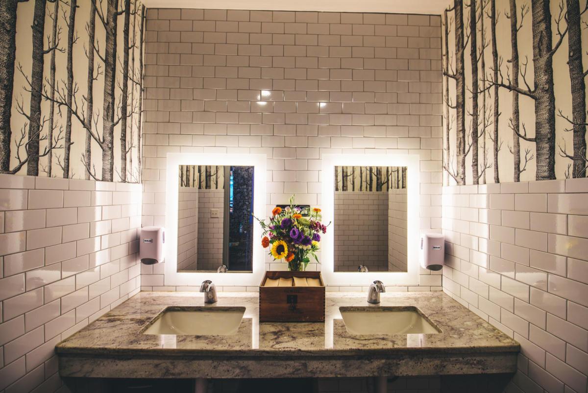 The Best Bathrooms In Austin - Best-bathrooms
